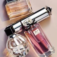 2010_11_MC_perfumes_mimi 55030